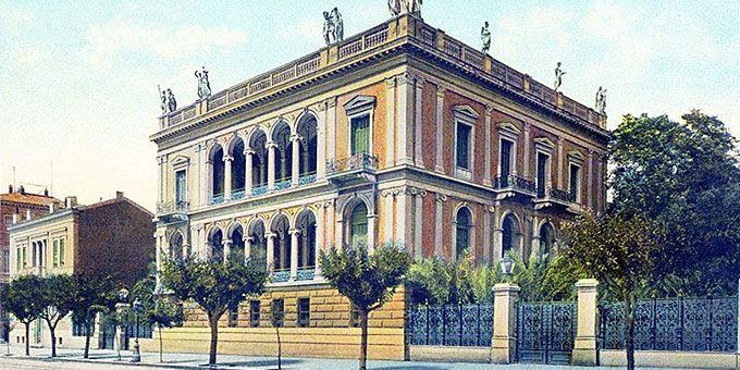 Μεγάλες, χορταστικές ιστορίες για τα ωραιότερα κτίρια της Αθήνας