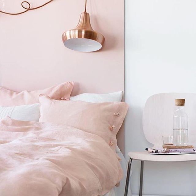 Decoreren voor beginners 🌸, bekijk de basis via onze blog! #homedeco #blog #interieur #decoreren #beginners #tips #pink #interior #homedecor #inspiratie #mooi #slaapkamer #inspiration #decorate