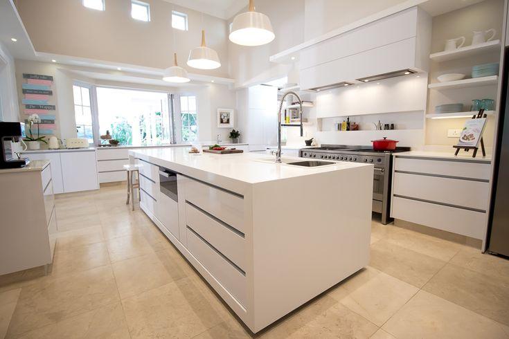 Caesarstone Kitchen of the Year 2016 | Local Category | Kitchen Classics design by Kima Hansen featuring Caesarstone Pure White