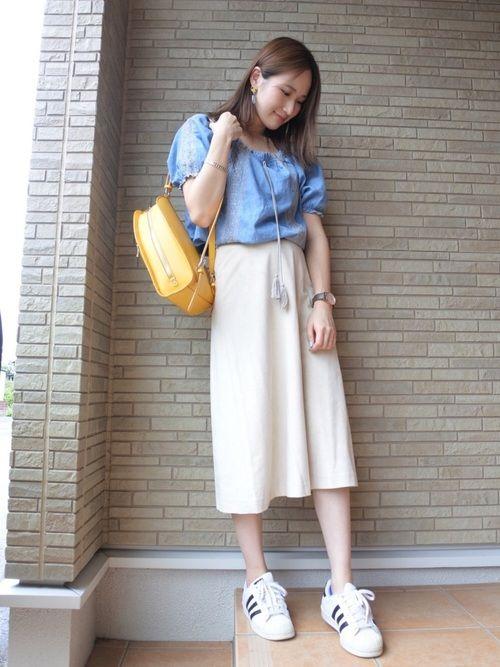 しまむらのTシャツ・カットソーを使ったYUKI ◡̈⃝のコーディネートです。WEARはモデル・俳優・ショップスタッフなどの着こなしをチェックできるファッションコーディネートサイトです。