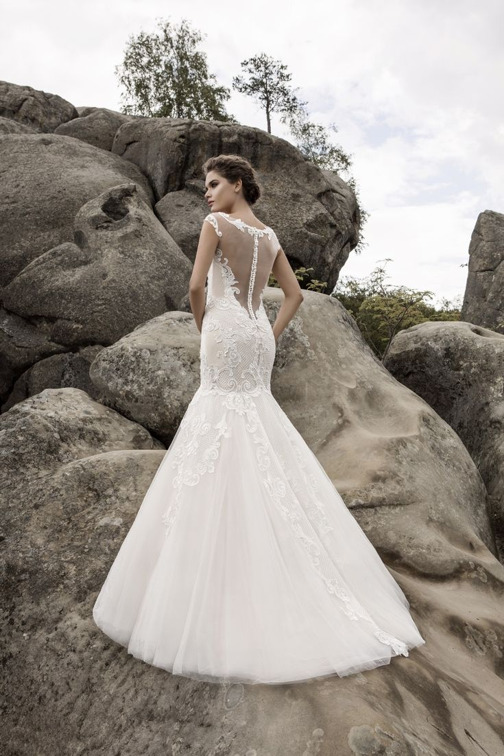 Legendary Wedding Boutique: Enchanted Collection 2017 003b