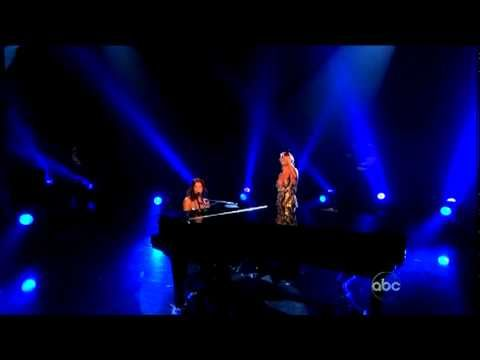 Sarah McLachlan Is Singing On Stage When Suddenly, Pink Joins In! Their Duet Gave Me Goosebumps!