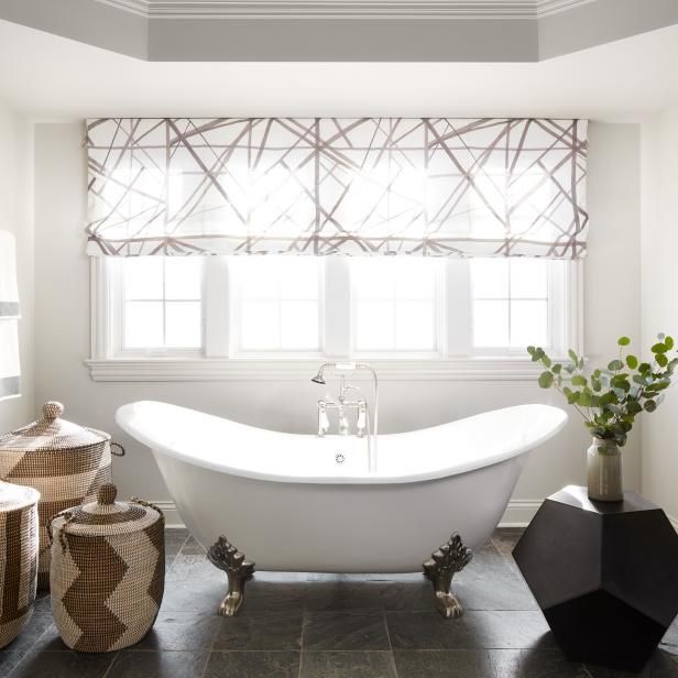 Clawfoot Bathtubs Display A Timeless And Classic Design That