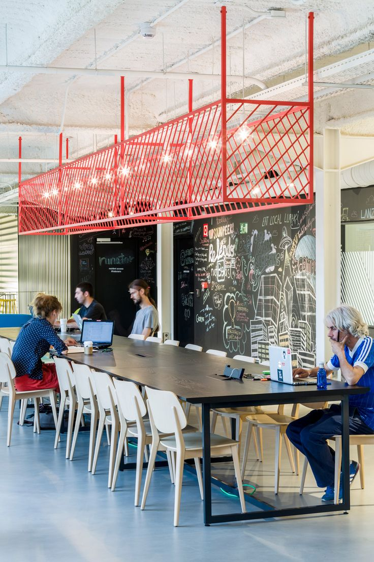 Jump Studios completes Google Campus in Madrid factory #meeting #collaborative