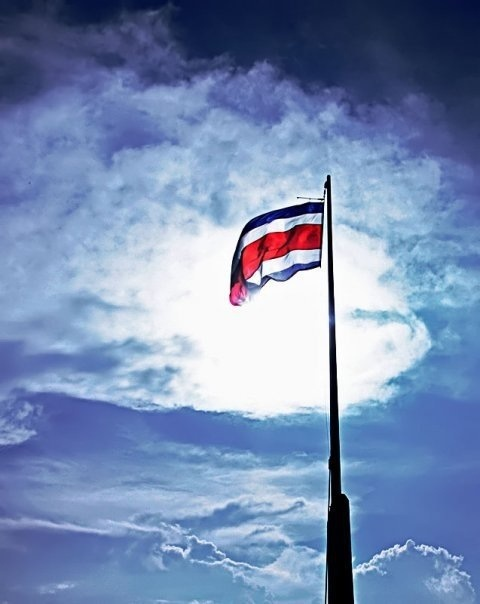 The Costa Rican Flag against the clouds #LetsGoHoloHolo