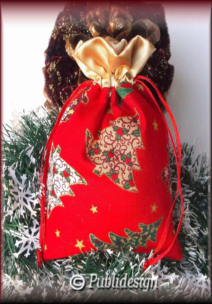 Pochette cadeaux motif Noël en tissu rouge doré à customiser : Décoration d'intérieur par orkan28