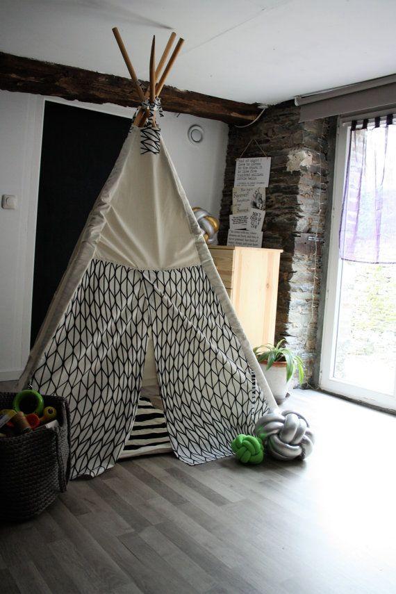 1000 id es sur le th me tentes d 39 enfants sur pinterest tentes de jeu tente tipi et une tente. Black Bedroom Furniture Sets. Home Design Ideas