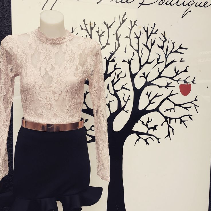 Mock neck lace crop top in Nude