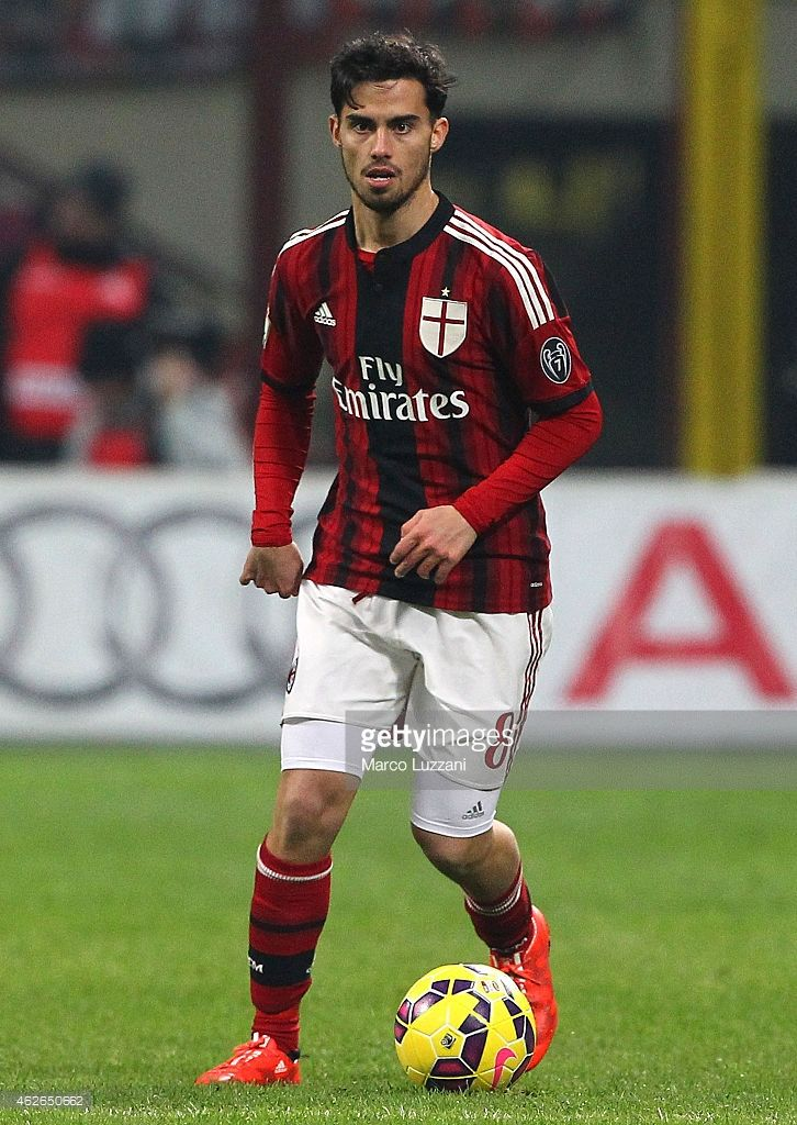 Suso of AC Milan in action during the TIM Cup match between AC Milan and SS Lazio at Stadio Giuseppe Meazza on January 27, 2015 in Milan, Italy.
