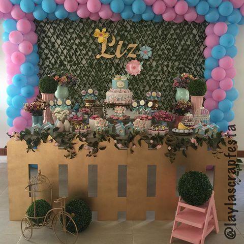 O jardim floriu pra festejar 2 anos de Liz, uma menina linda, cheia de carisma e simpatia.  @leticia.borges.3726 #lizfaz2 #festajardim #temamenina #jardimdeliz #flordeliz #papelariapersonalizada #personalizadosdeluxo #personalizadosjardim #scrap #scrapfesta #scrapfestabylayla #laylascrapfesta