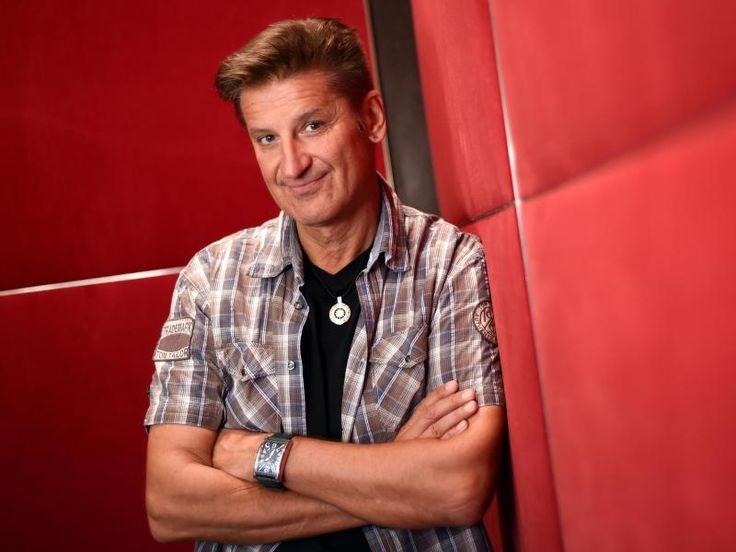 Bietigheim-Bissingen (dpa) - Pur-Frontmann Hartmut Engler (53) will noch mindestens sieben Jahre Musik machen. «Wenn wir mit 60 alle noch gesund un...