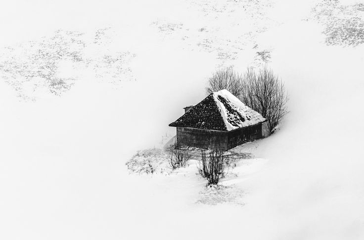 Lonely - Isolated house in the Romanian Carpathians