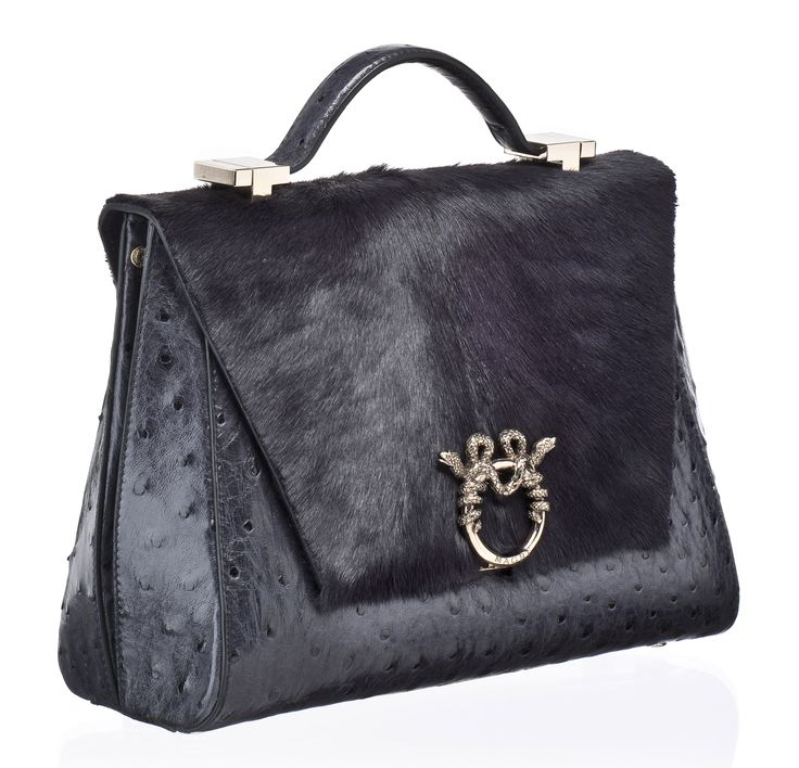 """MAGRÌ """"LADY CLARE"""" shown in Pressed Ostrich and Goat  #magri_handbags #magri #craftedinflorence #italianstyle #TimelessElegance #Sophisticated #MadeInItaly #italianCraftmanship #ItalianGlamour #luxuryHandbags #Handbags #powerbags #magribag @magriofficial #gentlemanclub #etabetapr #magripress www.magri.com"""