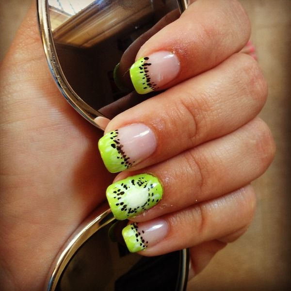 if i loved kiwi this would be so cool.. Kiwi Summer Nails