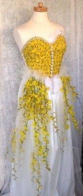 Me encantan las flores pero ¿No será mucho? - Abiti da sposa stravaganti e originali