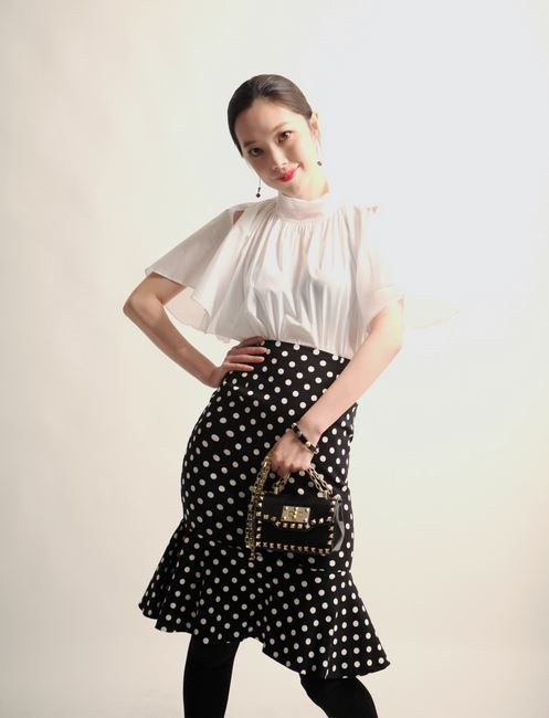 Korea feminine clothing Store [SOIR] Dot Mermaid Skirt / Size : S, M / Price : 49.88USD #korea #fashion #style #fashionshop #soir #feminine #special #lovely #luxury #skirt #dot #Ivory #black