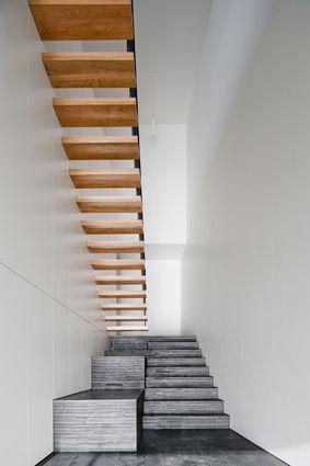 CVDB Architects, nice stairs