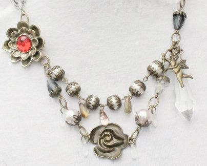 Vintage necklace by Lisbethstafnedesigns on Etsy