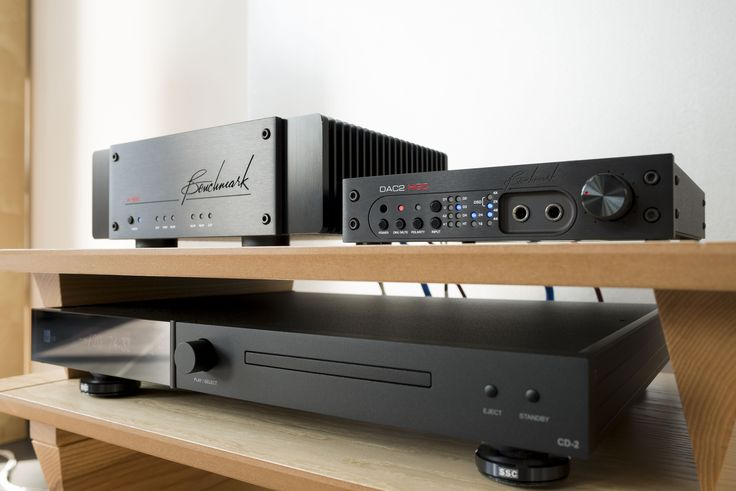 Benchmark AHB2, Benchmark DAC2 HGC and ART Alnico 12 Signature. www.audio-philia.co.uk #BenchmarkAHB2 #BenchmarkDAC2HGC #ARTspeakers #alnico #alnico12 #Benchmark #speakers #dac #amplifier #highend #hifi #separates
