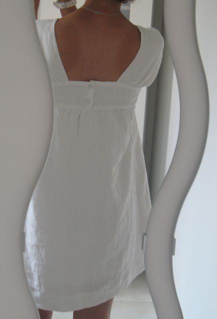 J'avais cette robe en tête depuis l'année dernière (depuis que j'avais vu sa version) etje m'étais promis de faire à peu près la...