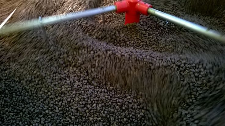 """In ogni Lino's Coffee del mondo, in qualunque ora della giornata, a volte seguendo il proprio umore, si può quindi scegliere tra un numero pressoché infinito di caffè , miscele ed altri prodotti a base di caffè, caldi o freddi, come il """"Cafetino"""", il """"Bolero"""", """"il Budinoso"""", """"il Ciocchino"""" e i variegati """"Ice"""". www.linoscoffee.com"""