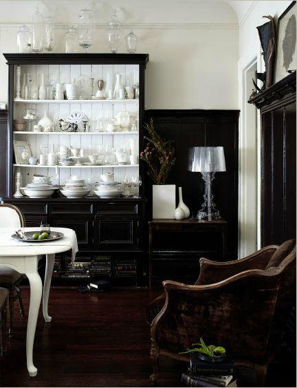 black. and. white.Blackandwhite, Dining Room, China Cabinets, Black And White, Black Cabinets, Living Room, Black White, White Dishes, White Interiors
