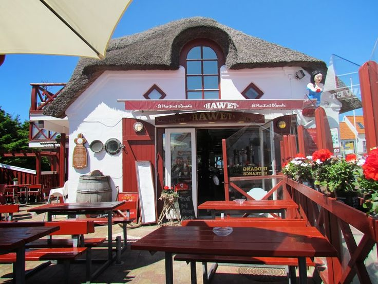"Seafood Restaurant ""Hawet"" in Blokhus, Denmark They have a very nice and delicious lunch buffet, we loved it!!!  http://www.hawet.dk/"