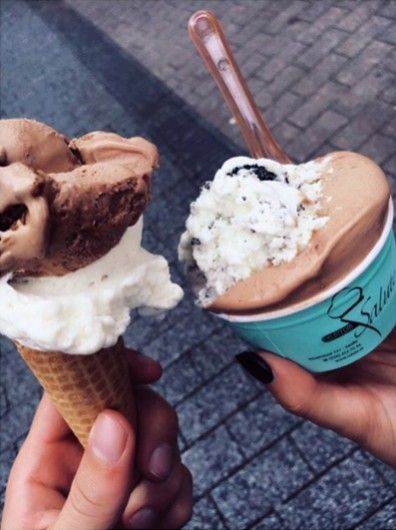 Eindelijk: Tony Chocolonely zeezout en karamel-ijs! - Lifestyle - Nieuws - GLAMOUR Nederland