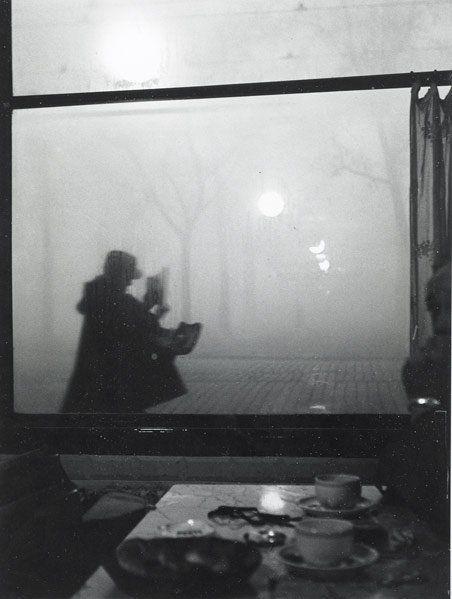 facteur a lyon, 1950 by sabine weiss
