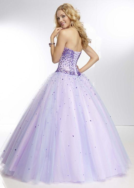 Lindos vestidos color lila con corset 1