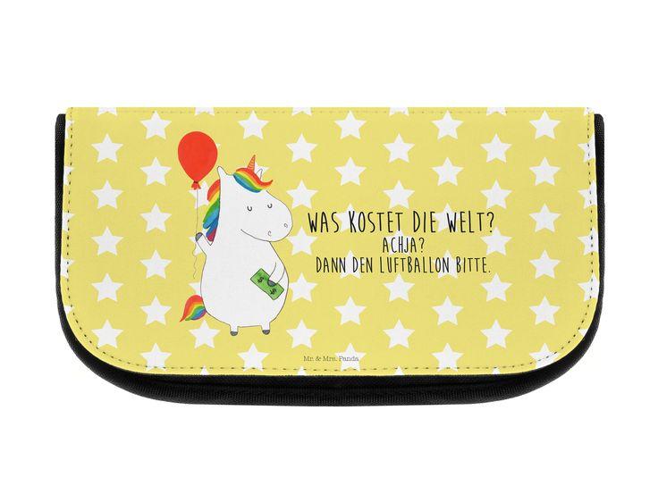 Kosmetiktasche Einhorn Luftballon aus Kunstfaser  Natur - Das Original von Mr. & Mrs. Panda.  Eine wunderschöne Kosmetiktasche von Mr. & Mrs. Panda mit getrennten Fächern und Reißverschlussfach an der Vorderseite. Sie ist strapazierfähig, schmutzabweisend und abwaschbar. Bedruckt mit unseren wunderschönen handgezeichneten Motiven. Das dargestellte Zubehör ist beispielhaft und nicht enthalten.    Über unser Motiv Einhorn Luftballon  Ein Einhorn Edition ist eine ganz besonders liebevolle und…