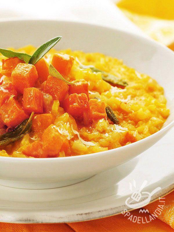 Con il Risotto di zucca e taleggio in crosta portate in tavola tutta la bontà della zucca, una vera e propria miniera di preziosi nutrienti!