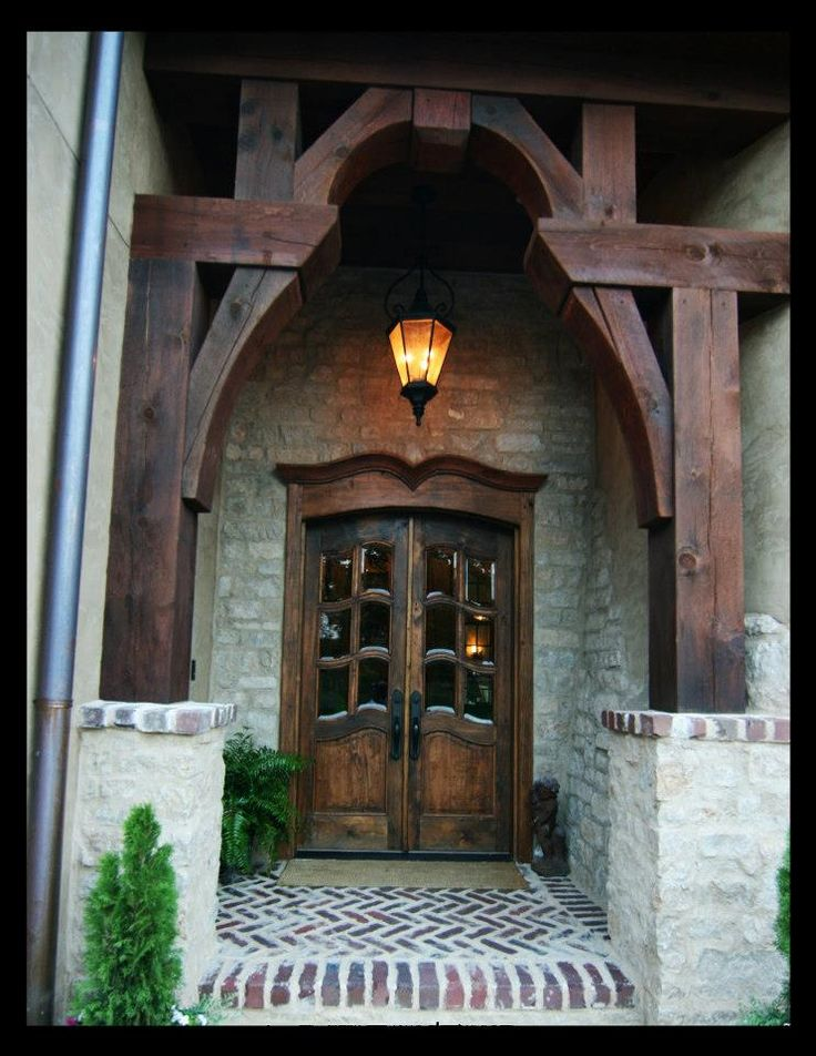 What an entrance! Are you looking for a home with the WOW factor? Call Nancy Cagwin, Real Estate Broker with #Century21PrideRealty in #Mokena at 815-258-8893  www.soldbynancyc21.com