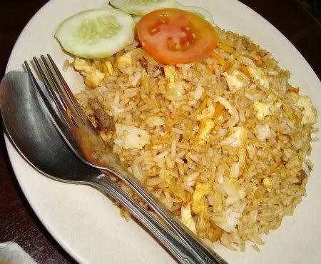 http://santeaja.com/resep-nasi-goreng-enak-dan-sederhana/