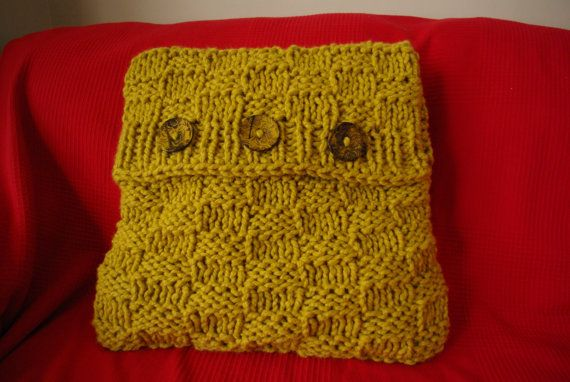 Knitted mustard yellow cushion cover