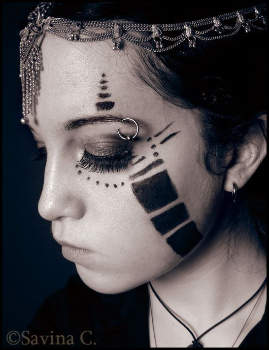 tribal make up                                                                                                                                                                                 Más