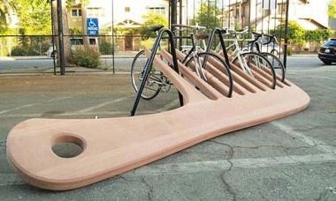 City art installation - bike rack. Le mobilier urbain, un outil central d'aménagement des villes - Aménagement - LeMoniteur.fr