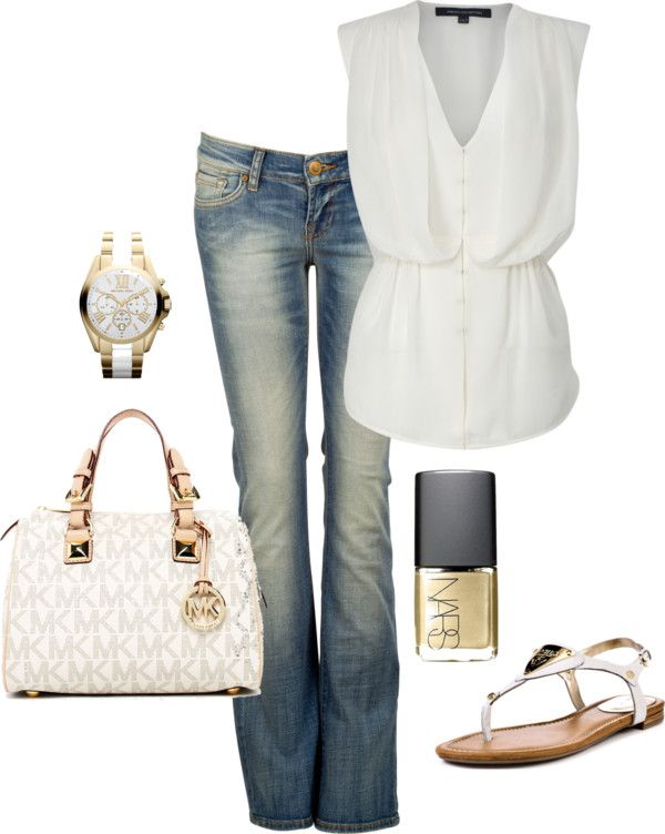 Love the white top and white bag with jeans.