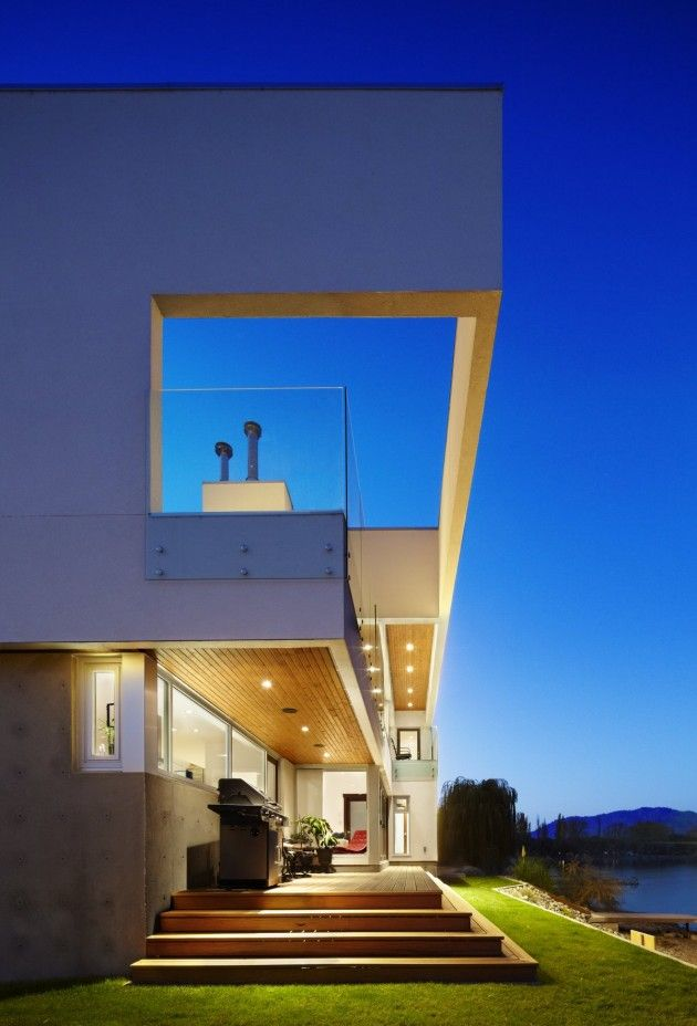 The Elenko Residence / CEI Architecture