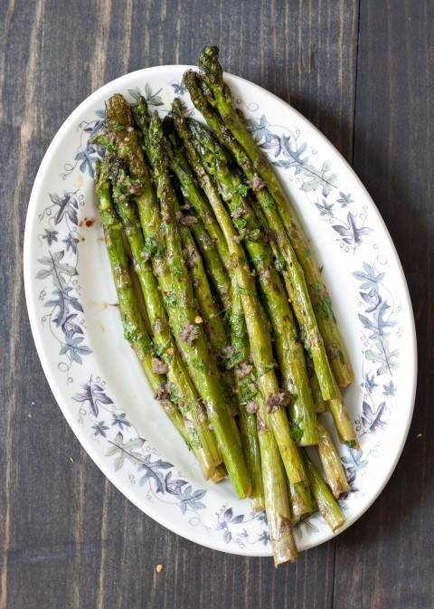 Grilled asparagus with lemon anchovy vinaigrette: Food Recipes, Mail, Lemon Anchovi, Peppers Recipes, Grilled Asparagus, Green Peppers, Anchovi Vinaigrette, Products, Favorite Recipes