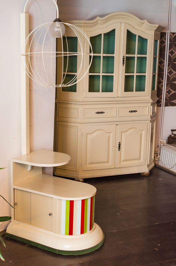 Mobilier reconditionat