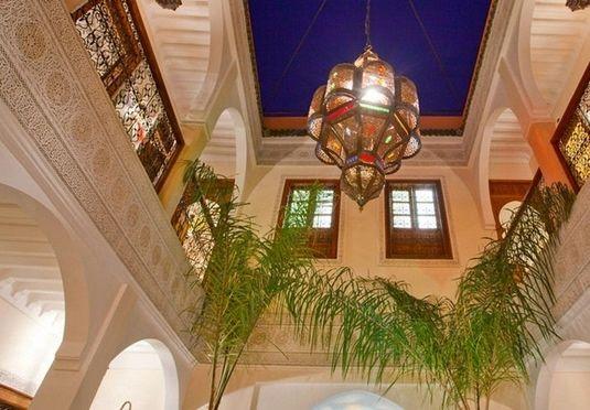 Avslappende opphold i en riad i hjertet av medinaen i Marrakech, inkludert frokost og en middag for to