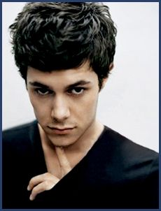 Miss this man's face, humor and adorable style on The O.C. He needs to make his way back to Hollywood already.