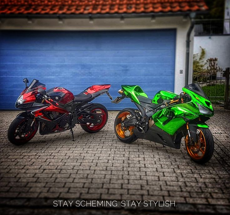 Chromed out from head to toe. IG: @loony.brothers #sportbike #bikelife #kawasaki #zx6r #suzukigsxr