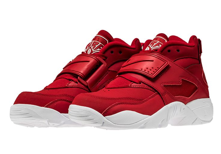 #sneakers #news  San Francisco 49ers Fans Will Love This Nike Air Diamond Turf Colorway