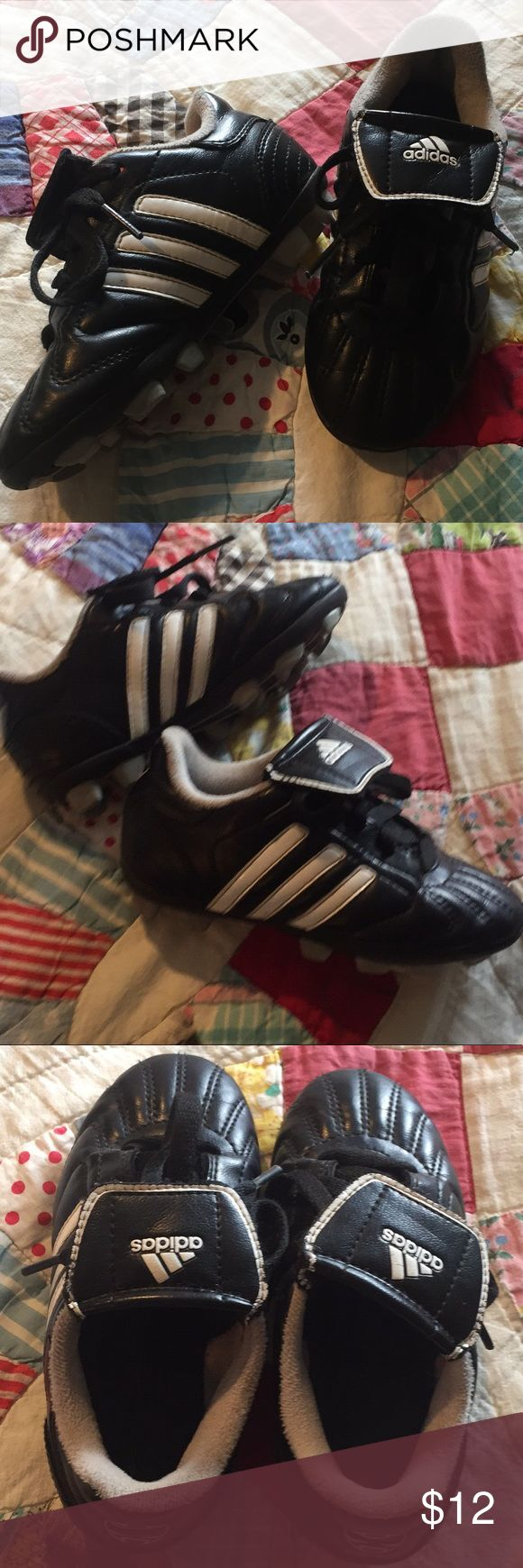 Adidas Soccer Cleats Unisex Adidas kids soccer cleats. Good used condition. Size 10K. My son was 4 years old when he wore these. I accept reasonable offers. adidas Shoes Sneakers