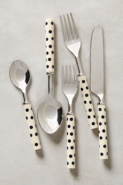 crescendo dot flatware  http://rstyle.me/n/ug4yipdpe