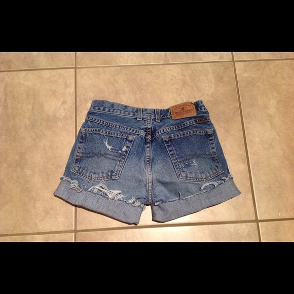 "☘☘☘☘ Lucky Brand shorts Light wash --fits waist size 26""--hip size 34""-handmade Lucky Brand Shorts Jean Shorts"