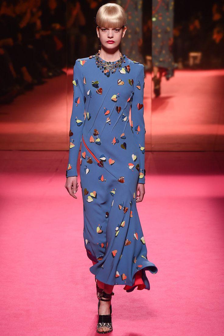 Schiaparelli - Spring 2015 Couture - Look 9 of 21