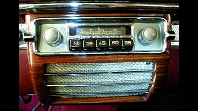 İlk araba radyosu 1929'da icat edildi.